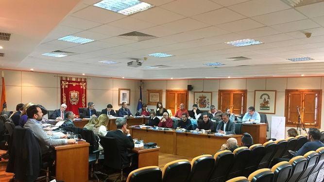 El PP critica que Navas sea el alcalde que ha gobernado con más tránsfugas en Benalmádena