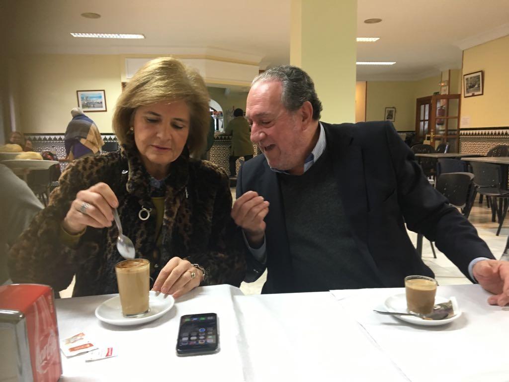 Desayuno con Esperanza Oña