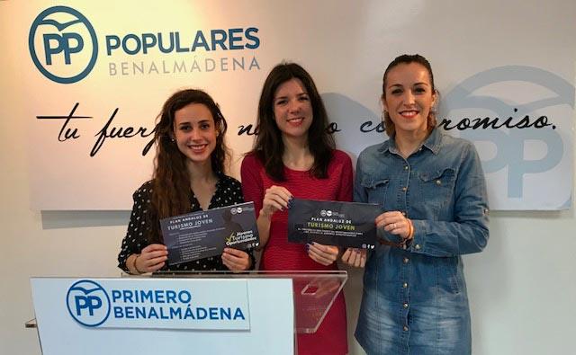 La presidenta de NNGG en Málaga, Loli Caetano, ha presentado la Campaña 'Welcome to Andalucía',