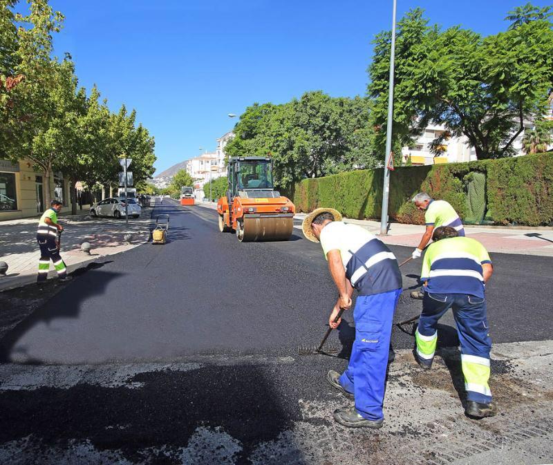 arreglo y el asfaltado de calles de Benalmádena